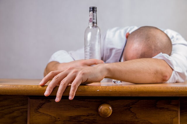二日酔いでも立ち直る「睡魔撃退法」を伝授します