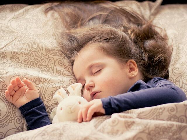 子供の寝言が増えてきて心配!寝言が増えた原因と対策を徹底解説します.
