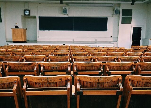 大学のつまらない授業を乗り越える裏ワザ5選!